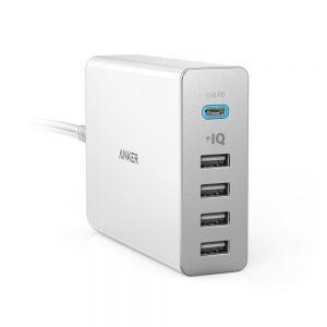 アマゾンタイムセールでAnker PowerPort+ 5 USB-C Power Delivery 60W 5ポートがセール中。MacBook12などUSB-C機器に充電可能。