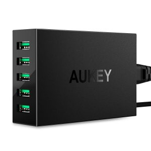 アマゾンでAukey USB 急速充電器 ACアダプター 50W 10A 5ポート PA-U33が1919円