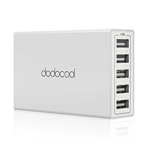 アマゾンでdodocoolのポータブルワイヤレススピーカー、モバイルバッテリー、USB-PD対応USB-Cハブ、デスクライト、充電器などが25%OFFとなるクーポンコードを配信中。