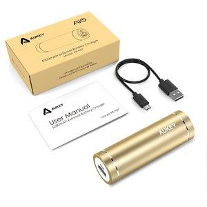 アマゾンでAukeyの 5000mAh モバイルバッテリー PB-N37(改善版)が799円。入力電流2A対応、更に残量インジケータ搭載。