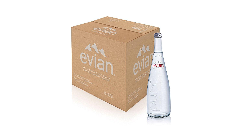アマゾンで意識の高すぎるミネラルウォーター、伊藤園 Evian(エビアン) ミネラルウォーター 750ml (瓶入り) ×12本が2323円。