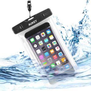 【本日限定】アマゾンでAukey 防水ケース スマホ用 iPhone対応 PC-T5、PC-T6が50%OFFとなるクーポンコードを配信中。