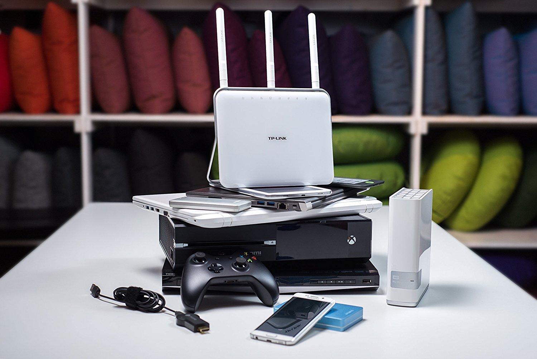 アマゾンタイムセールでTP-Link Archer C9 無線LAN ルーター 11ac/n/a/b/g 1300Mbps+600Mbpsが11799円⇒10528円で投げ売り中。
