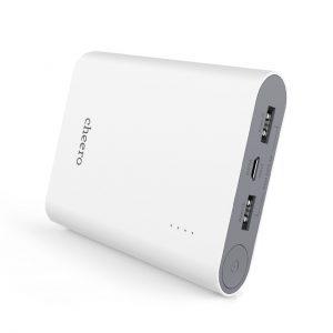 アマゾンでcheero Power Plus 3 13400mAh 大容量 モバイルバッテリーがマケプレで2580円⇒2000円。