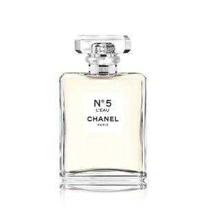 CHANELの香水「シャネル N゜5 ロー オードゥ トワレット」のサンプルが先着20000名に無料配布中。