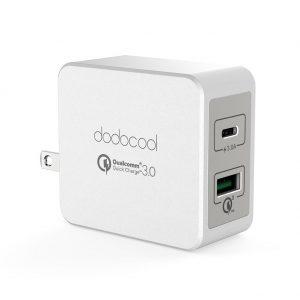 アマゾンでdodocool USB急速充電器 USB-C、QC3.0 18W、2ポートが1899円から40%OFF。