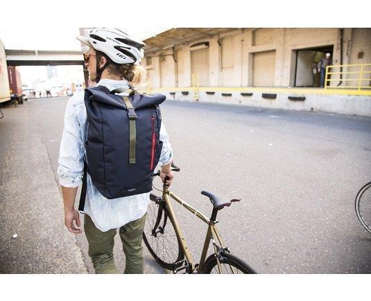 アマゾンでTIMBUK2のシューズ&バッグが20%OFFにてセール中。バックパックが3000円台で買えるぞ。