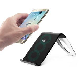 【本日限定】アマゾンでAUKEY Qi準拠 ワイヤレス充電器  LC-C1が2999円⇒1499円となる半額クーポンを配信中。