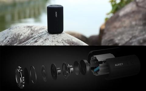 アマゾンでAUKEY ポータブル Bluetoothスピーカー SK-M15が1599円から割引となるクーポンコードを配信中。