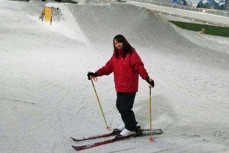 グルーポンで新横浜の人工スキー場スノーヴァ新横浜が5100円⇒2680円。しんどかった。