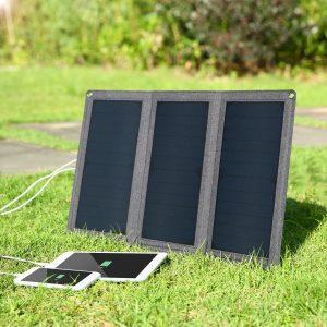 アマゾンでAUKEY ソーラーチャージャー 21W  PB-P25の割引クーポンコードを配信中。