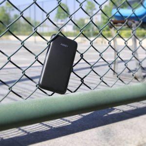 アマゾンでAUKEY10000mAhモバイルバッテリー PB-T18の割引クーポンを発行中。