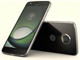 アマゾンでモトローラ スマートフォン Moto Z Play 32GBが価格コム3.7万前後⇒27800円でセール中。