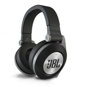アマゾンでJBL Synchros E50BT ワイヤレスヘッドホン 密閉型が18230円が半額となるクーポンを配信中。