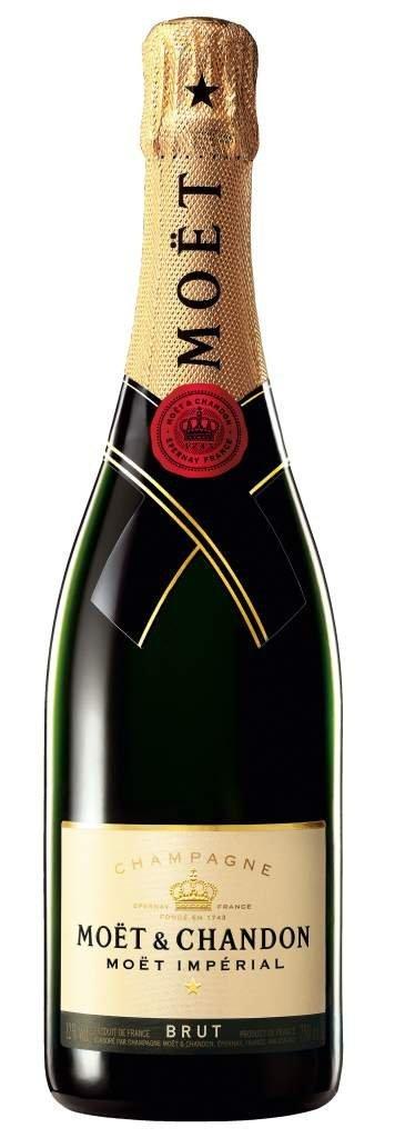 アマゾンで庶民に一番人気のスパークリングワインのモエ・エ・シャンドン モエ アンペリアル 750mlが4730円⇒3908円。