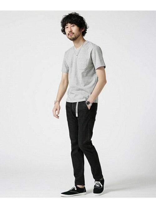 楽天ブランドアベニューでnano・universeのAnti Soaked ヘビーVネックTシャツがやたらセール中。