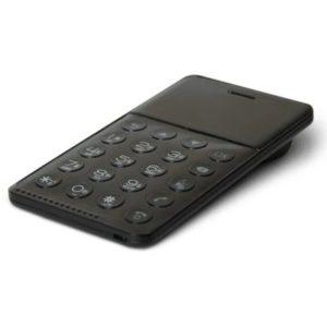 【更に値引き】イオシスで世界最軽量 NichePhone-S LTE非対応が2980円。今更いらない。