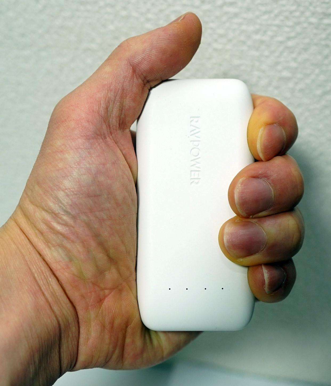 【レビュー】「マツコの知らない世界」で紹介された最小最軽量モバイルバッテリー RAVPower 6700mAh RP-PB060を買ってみた。実測4148mAh。