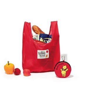 セブンネットショッピングでotona MUSE 11月号増刊を買うと、「くまのプーさん」ワッペン付きポーチ&レジバッグセットが付録でついてくる。9/28~。