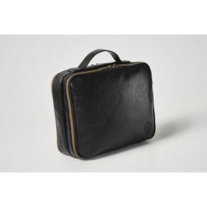 セブンネットショッピングでモノマックス11月号を買うとオロビアンコのミニバッグがついてくる。鉄アレイは入らない。10/9~。