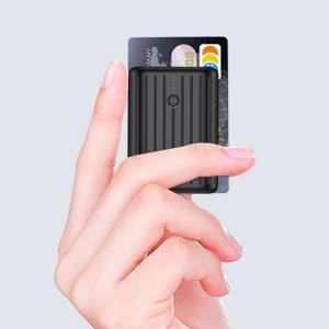アマゾンでCharmast 10000mAh モバイルバッテリー 18W USB-C入出力の割引クーポンを配信中。