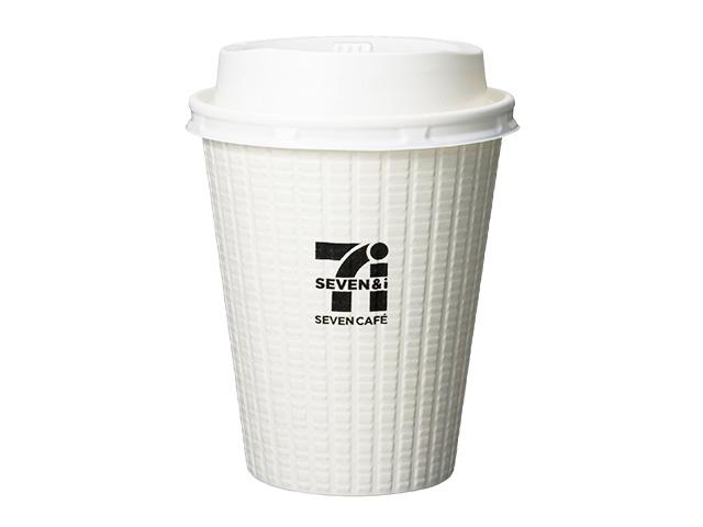 コンビニでコーヒーSを買い、お高いカフェラテをなみなみと20回も注いだ男(60)、逮捕へ。