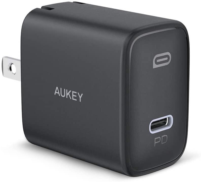 アマゾンでAUKEY 20W USB-C 急速充電器が3割引。