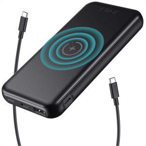 アマゾンでCHOETECH モバイルバッテリー ワイヤレス充電対応。出先でワイヤレス充電は要らないよな。